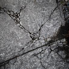 HOLDENMCINTOSH-2019-ConcreteFissures-2